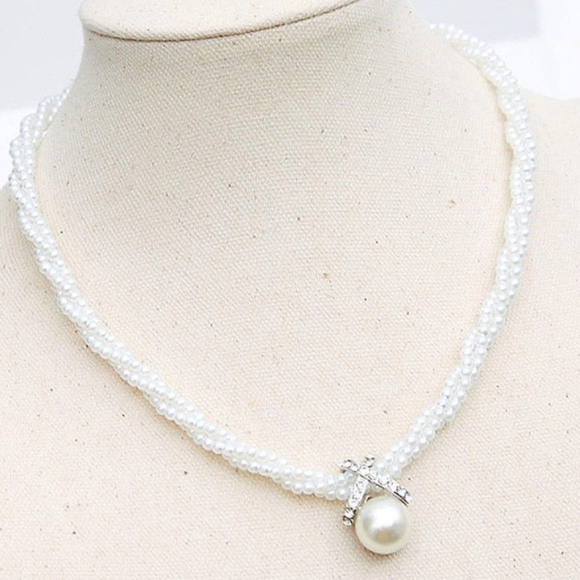 a5c08c1889a6e Triple Strand PEARL Necklace Pearl Choker New Boutique